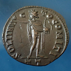 LICINIUS Ie, follis Ticinum